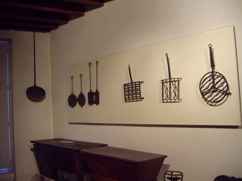 都是古早時期的廚具