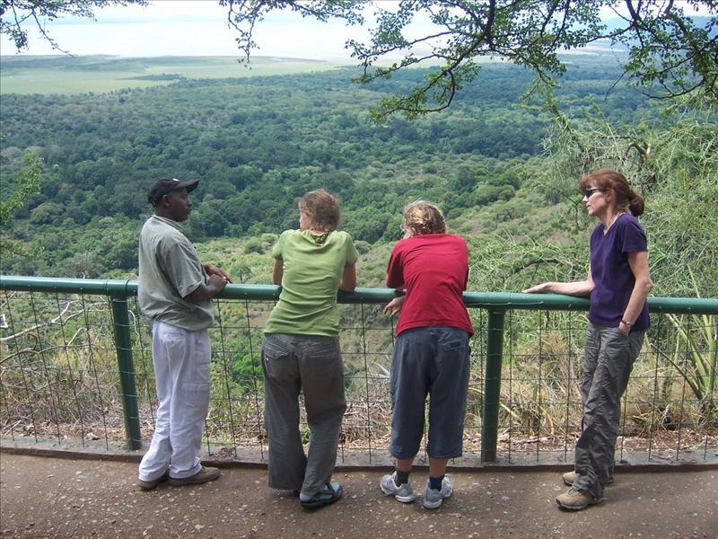 guide•Elisa•Aline•Maman•Ngorongoro