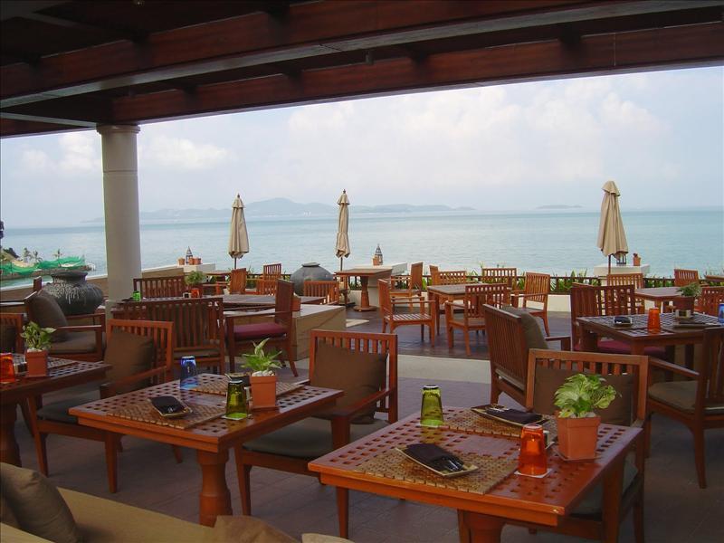 """Infiniti"" poolside dining restaurant"