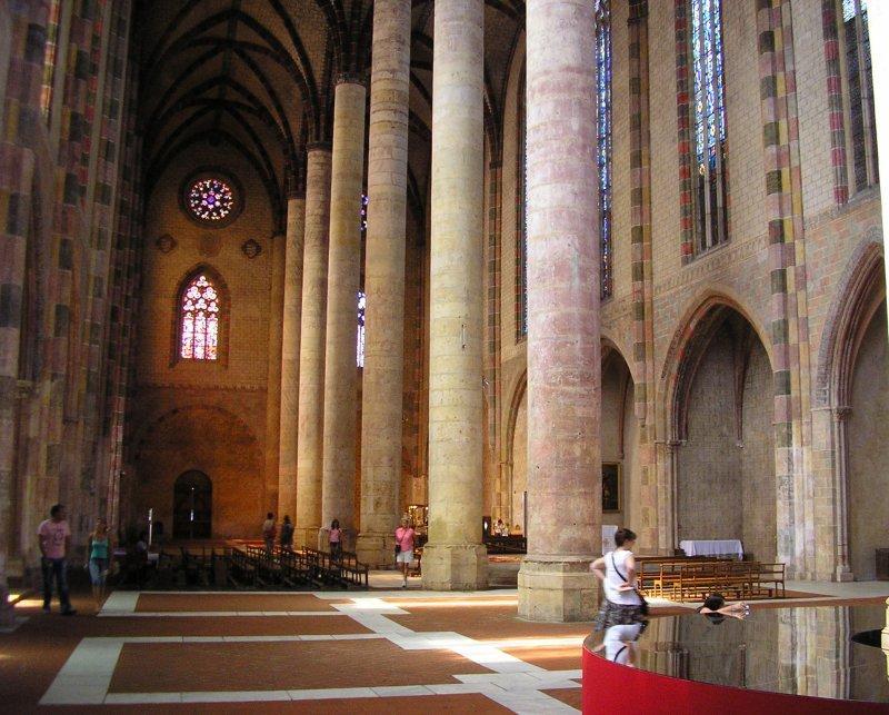 .. the Eglise des Jacobins.