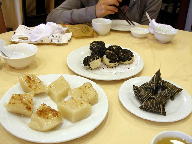 Shanghai 'Dim Sum' were okay, I give it a 6. Cantonese Dim Sum still my favorite.