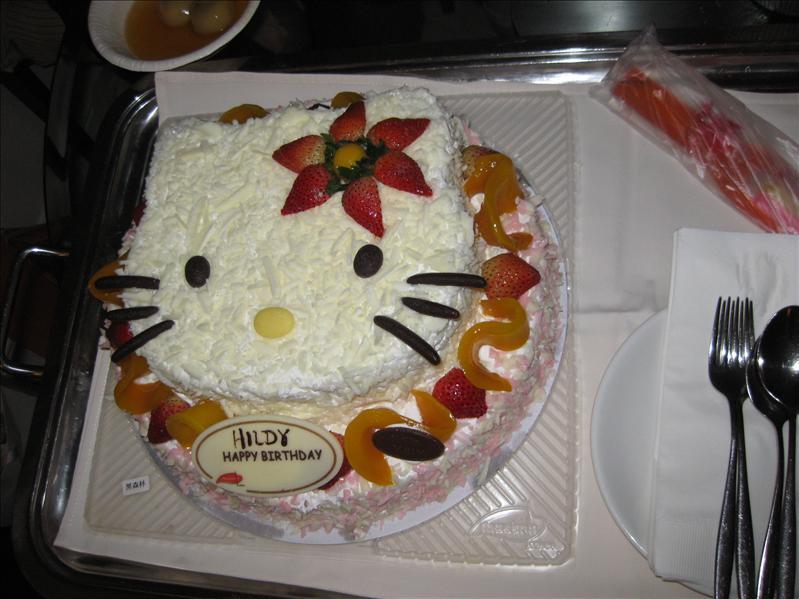 kitty蛋糕~好靚呀