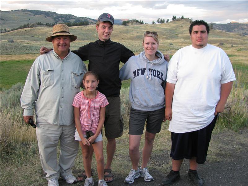paar mensen uit Vegas en een Biologie prof uit New Jersey hadden samen met ons gewacht bij die dode bizon