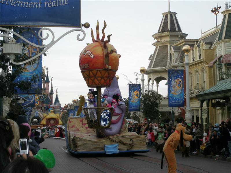 Parade Show