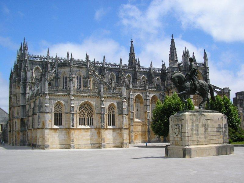 The monastery at Batalha ....