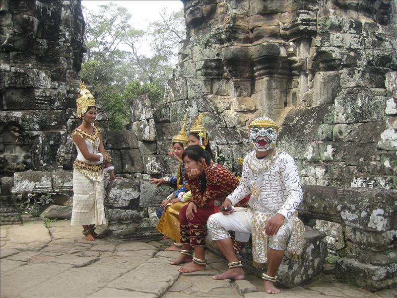 Traditional Khmer costumes