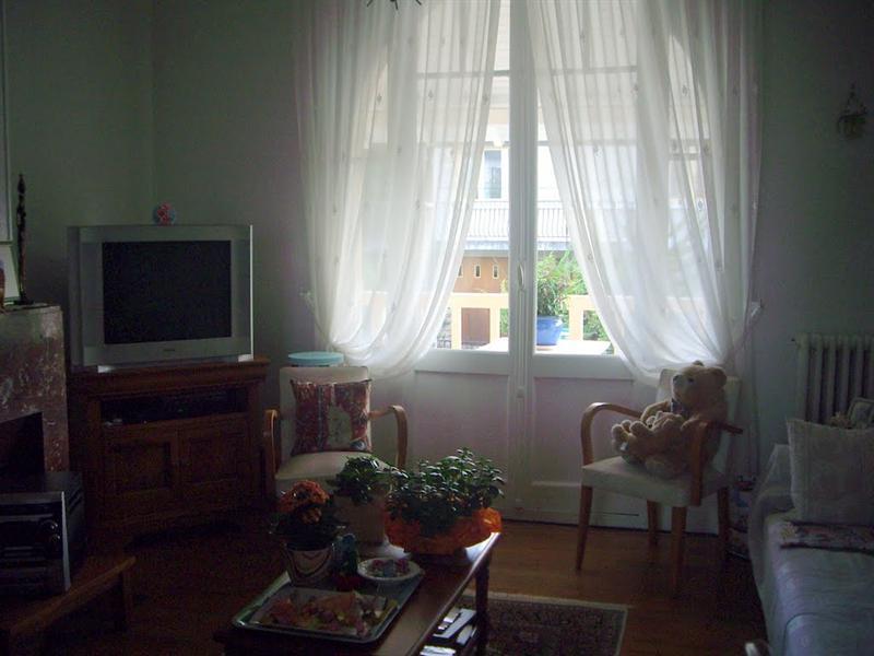 睦容以前在VICHY住的地方 客廳