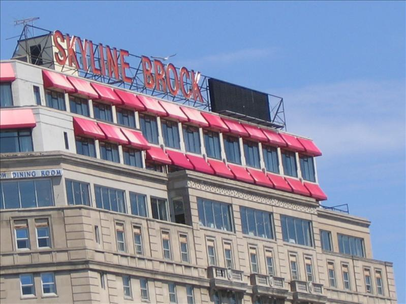 Skyline Brock Hotel 11