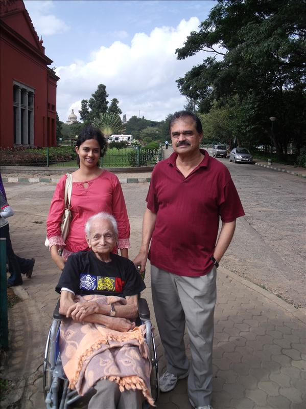 Gargi, Gargi's grandad and dad, in Cubbon Park, Bangalore.