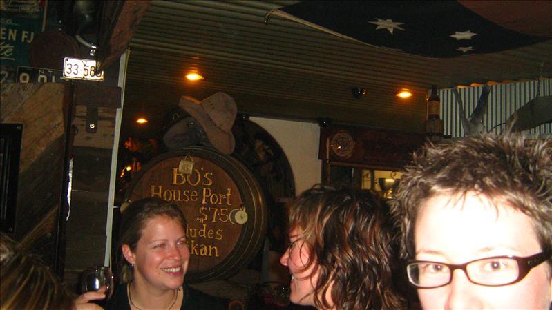 Tess and Sam in Bojangles in Alice