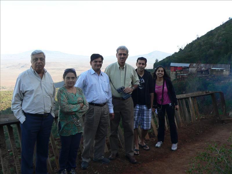 Me Jhelani, Mrs Jhelani, Manoj,Farkukh, Abhishek, Farah