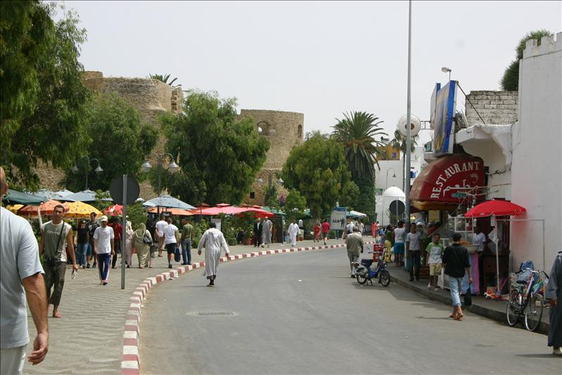 Ave Hassan II, lined with restaurants.