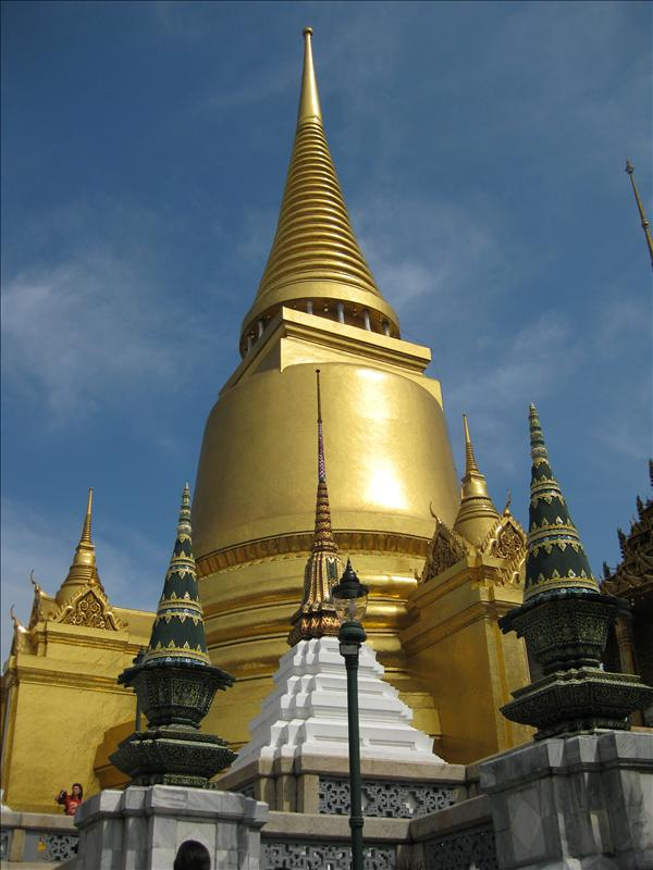 Gilt towers and stupa