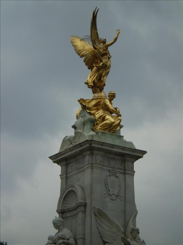 The Victoria Mounment in Buckingham Palace