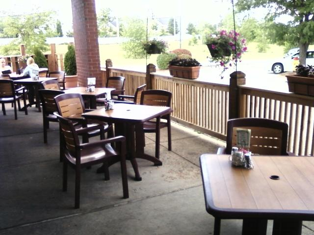 outside dining for those so inclined