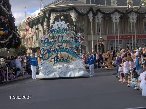 Magic Kingdom Christmas Day Parade