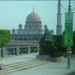 粉紅水上清真寺
