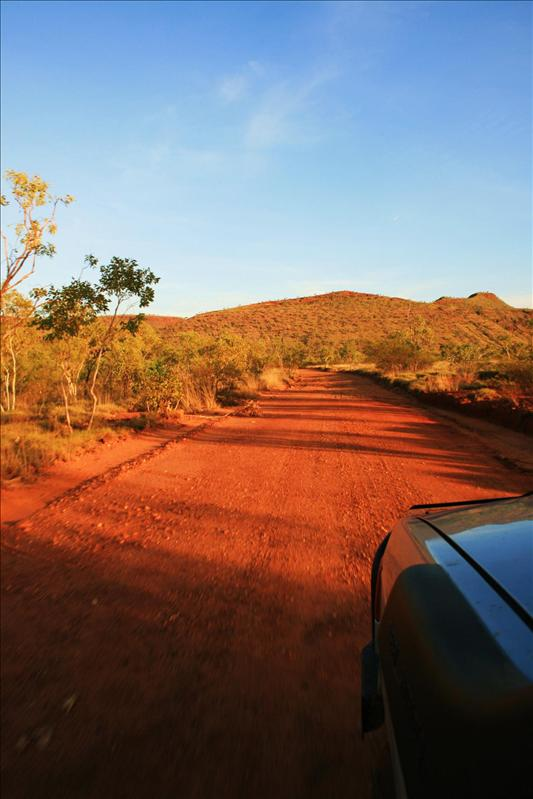 Driving from the Bungle Bungle, AWESOME bit of 4x4ing!