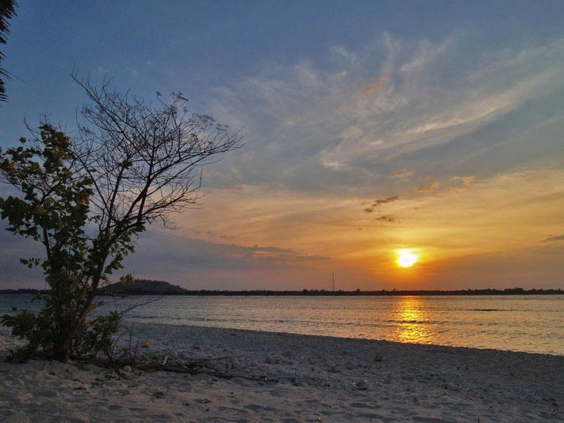 Sunset on Gili Meno