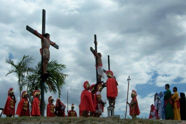 SAN FERNANDO (PAMPANGA), SAN PEDRO CUTUD CRUCIFIXION CEREMONY