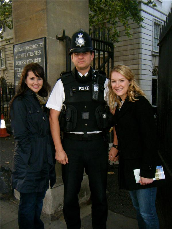 the security officer from buckingham palace