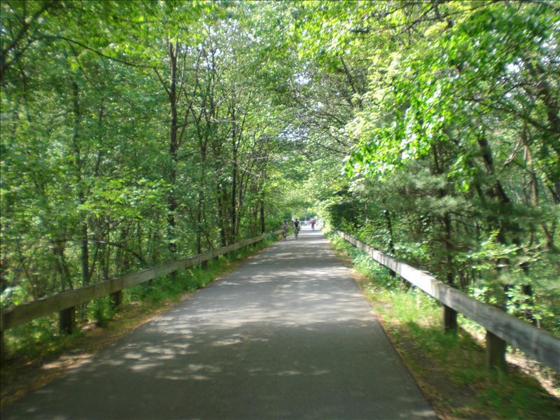 het is drie kwartier fietsen, maar de natuur maakt alles goed