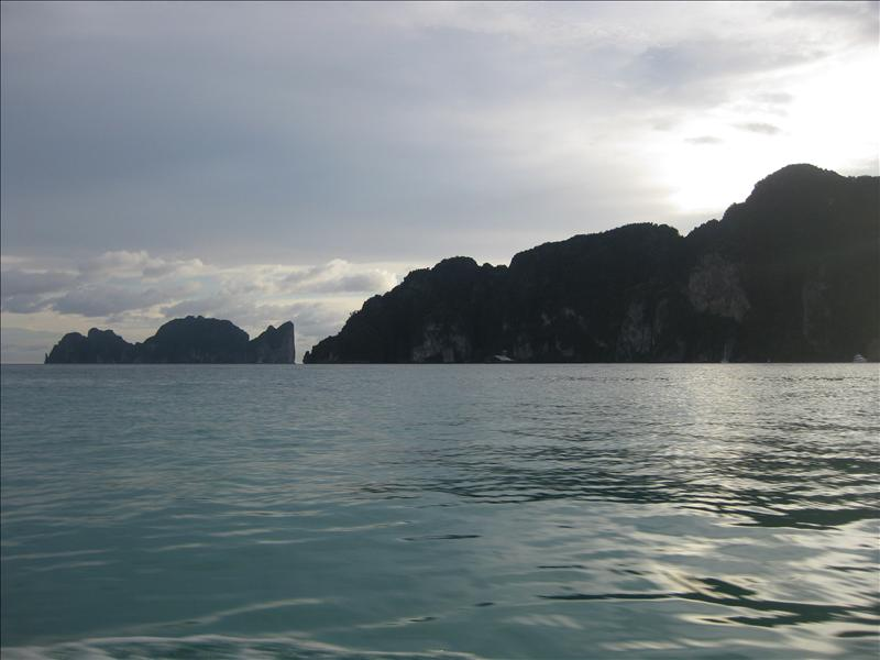 Ko Phi Phi Leh in the distance