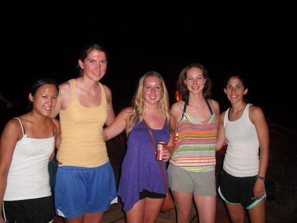 Uluru girls