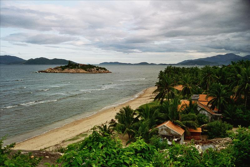 a beach little bit north of nha trang