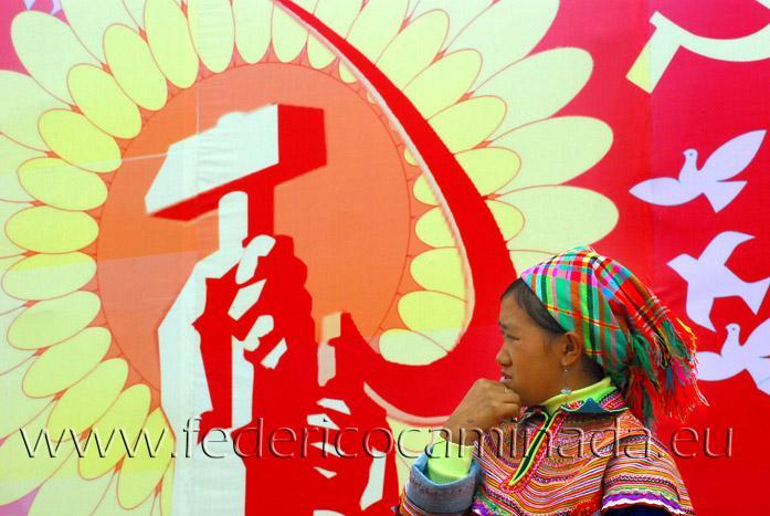 woman Flower H'mong, Bacha, Lao Cai, Sapa, Viet Nam