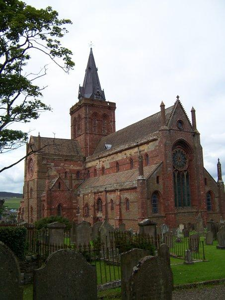 ST MAGNUS CATHEDRAL, KIRKWALL, ORKNEY, AUG 2005