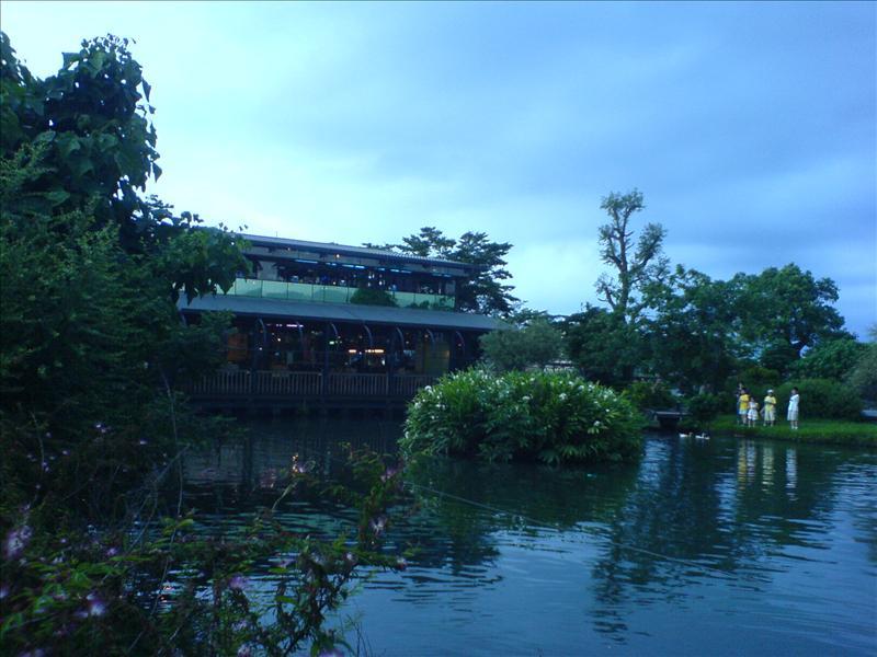 八甲魚場附設的餐廳