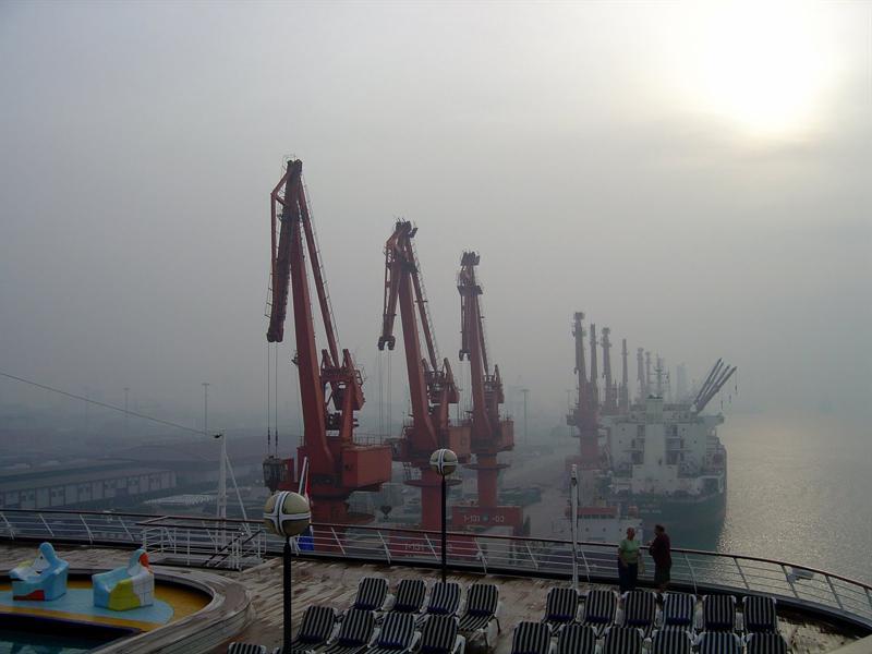very busy sea-port ---XINGANG (海 港 ) CHINA