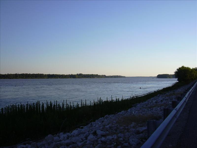 the wide Mississippi, on the way to Kinder's