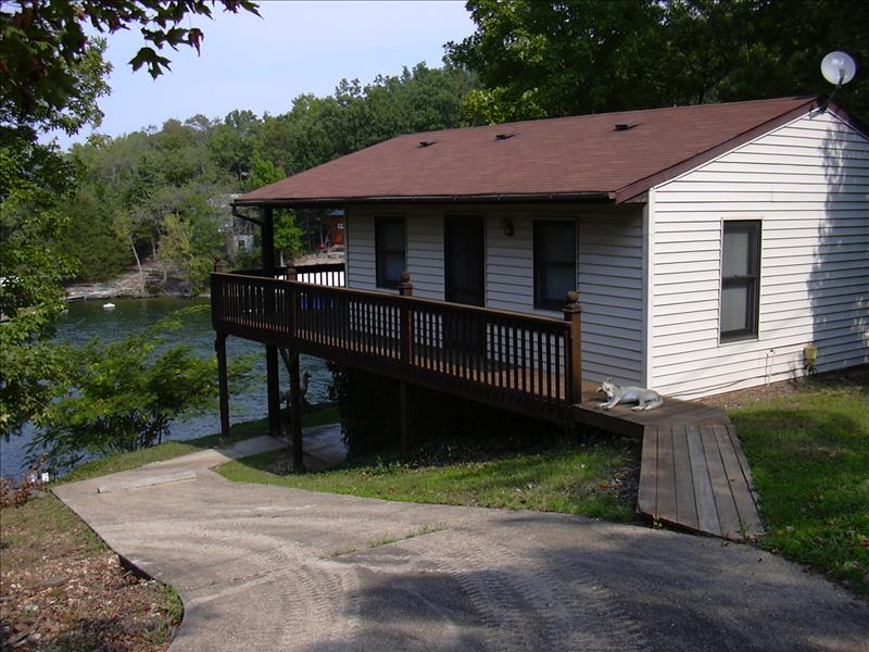 Aunt Jane Seymour's cabin at Lake of the Ozarks, Eldon, Missouri, USA