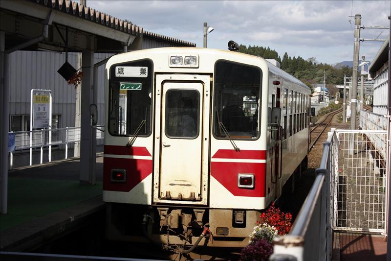 秋田內陸縱貫鐵道  只有一節車廂