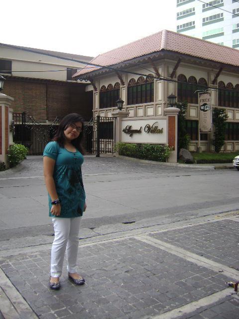 Legend Villa in Pioneer, Mandaluyong