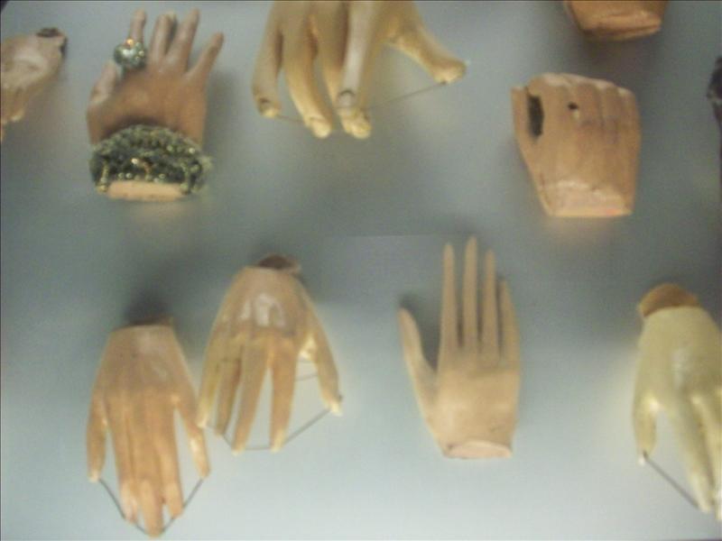 Marionette hands :)