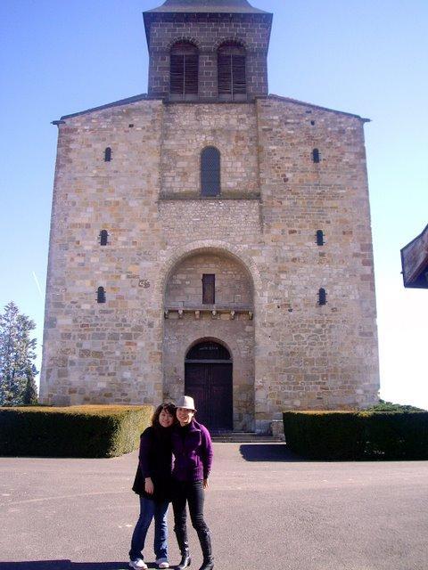 法國每個城鎮都一定會有教堂