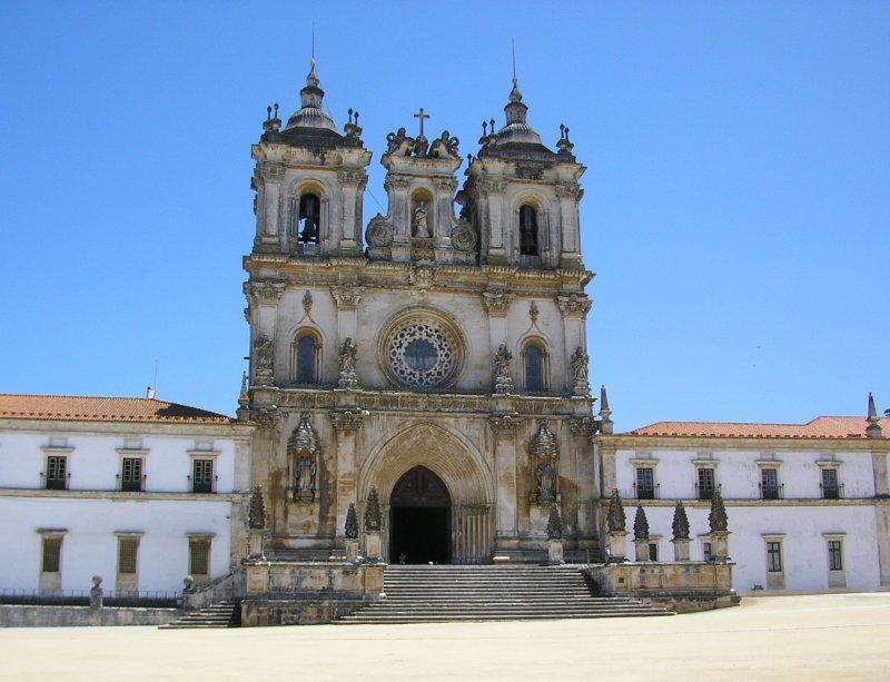Vast monastery at Alcobaca ....