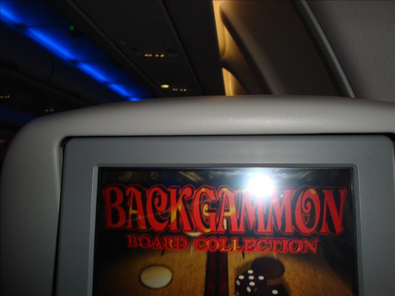 i play backgammon in airplane