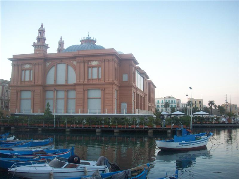 The theatre on the water!