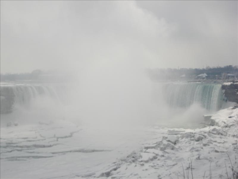 Niagara fall.(in Canada)4