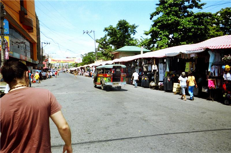 market just outside manilla