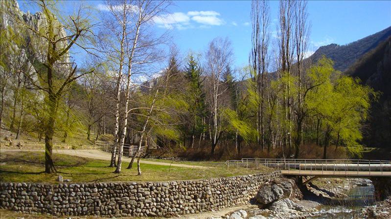 Around Vratsa