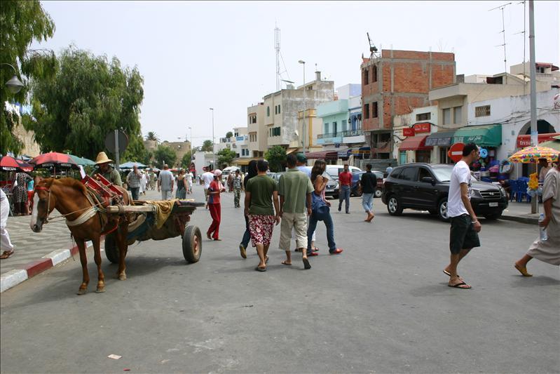 corner of Ave Hassan II & Rue ibn Batouta