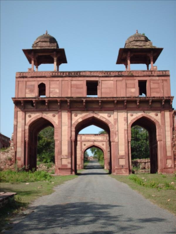Entrance to Fatehpur Sikri