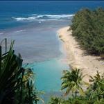 Kauai - Hiking tour, view down to Ke