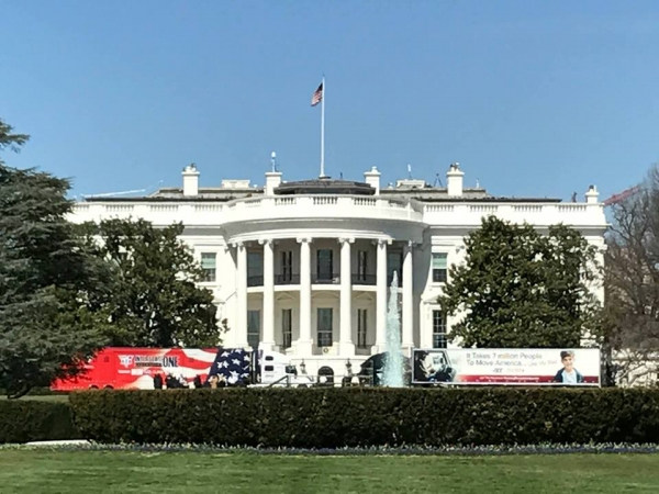 ATA members and a contingent of America's Road Team Captains visited the White House on Thursday to discuss issues in the trucking industry with president Trump. Photo courtesy of ATA