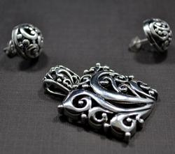 Intricate Dark Finish 925 SS Pendant & Earrings Set
